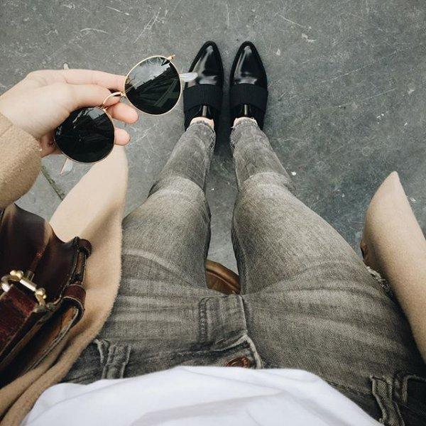 footwear, black, leg, shoe, arm,