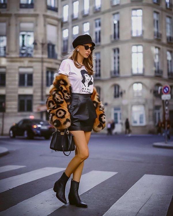 Clothing, Street fashion, Photograph, Fur, Fashion model,