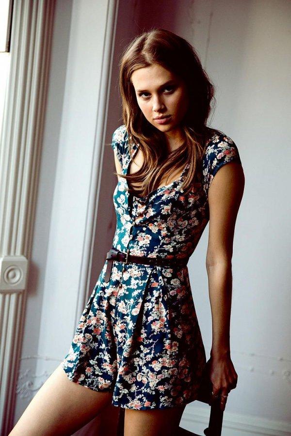 clothing,dress,photography,beauty,fashion,