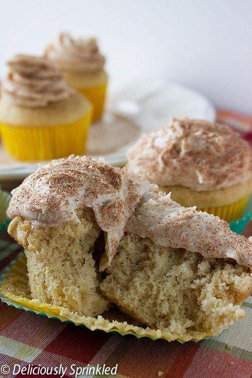 Cinnamon Snickerdoodle Cupcake