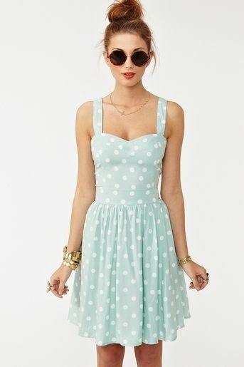 dress,clothing,day dress,cocktail dress,sleeve,