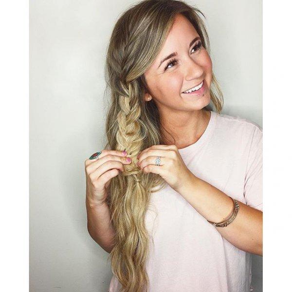clothing, hair, hairstyle, blond, long hair,