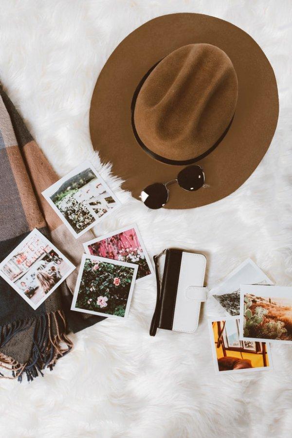 Hat, Cowboy hat, Headgear, Fashion accessory, Sun hat,