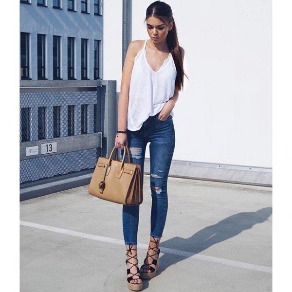 clothing, footwear, denim, jeans, sleeve,