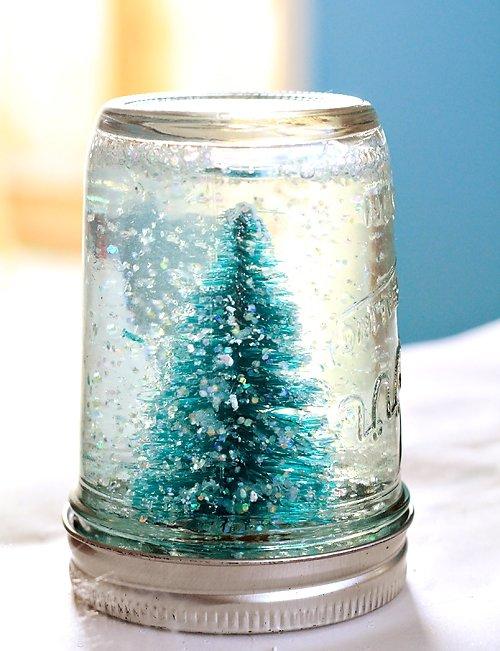 Make Adorable Little Snow Globes