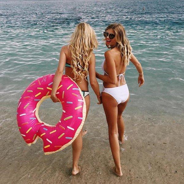 clothing, swimwear, sun tanning, photo shoot, leg,