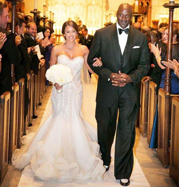 gown, wedding dress, bridal clothing, suit, bride,