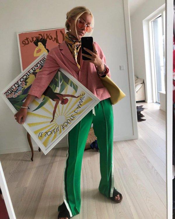 Green, Fashion, Outerwear, Leg, Photography,