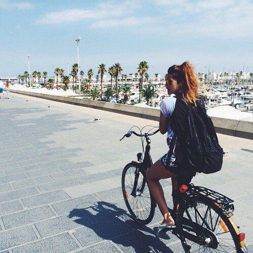 road bicycle,bicycle,cycling,vehicle,racing bicycle,