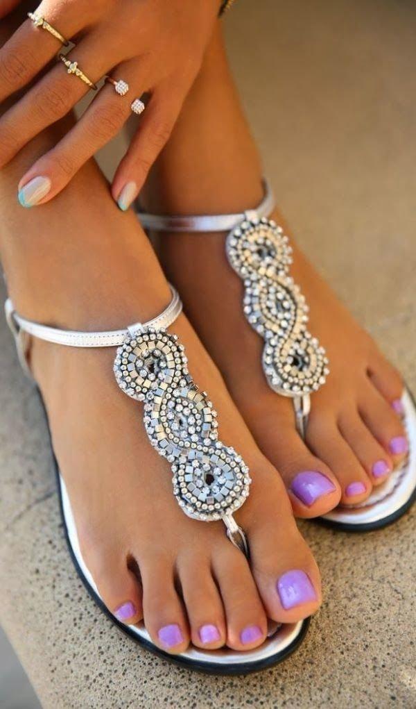 Do: Wear the Appropriate Footwear