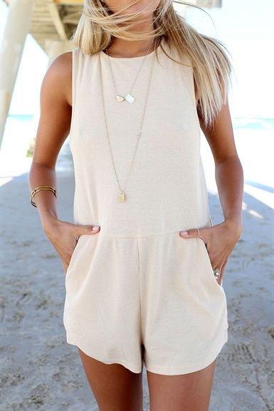 white,clothing,hairstyle,spring,sleeve,