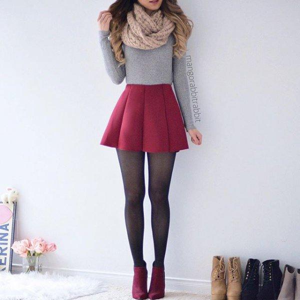 clothing, leg, leather, jacket, thigh,