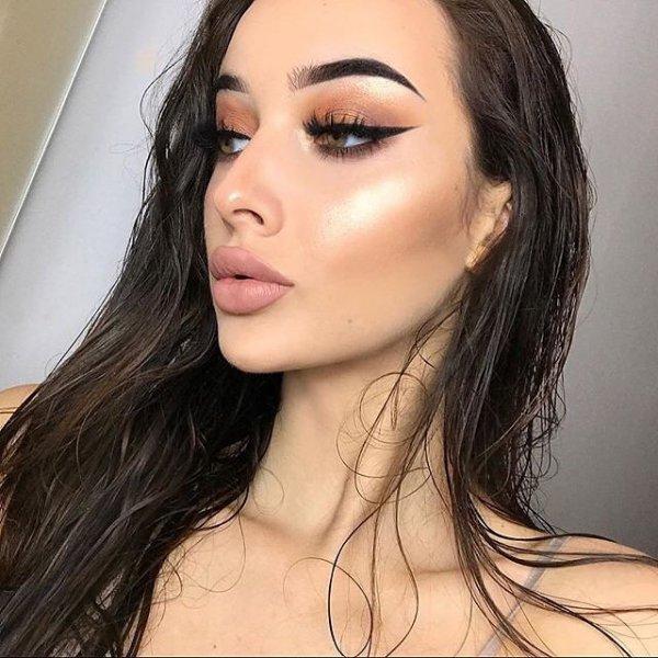 eyebrow, lip, human hair color, beauty, chin,