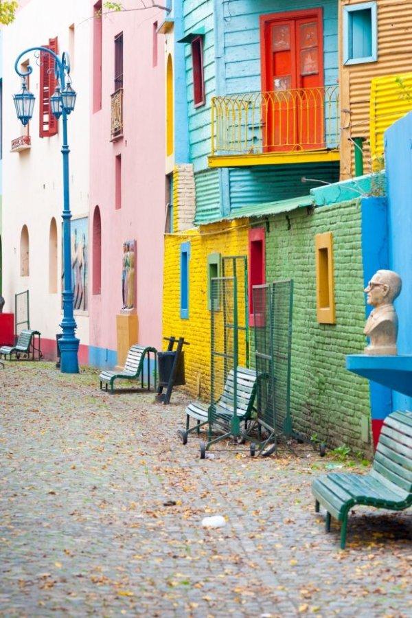 Caminito,color,property,city,human settlement,