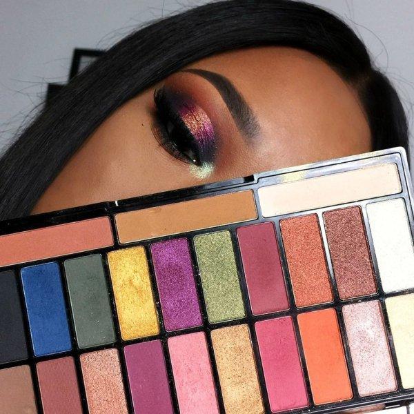 eye shadow, eyebrow, cheek, purple, lip,