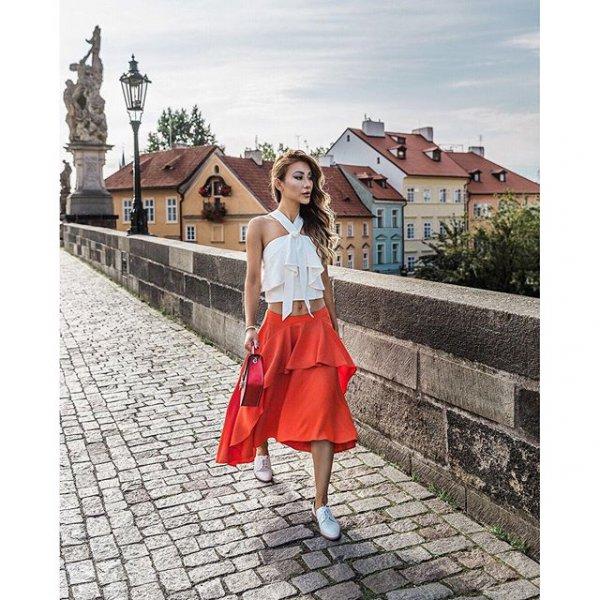 Charles Bridge, clothing, dress, spring, pattern,