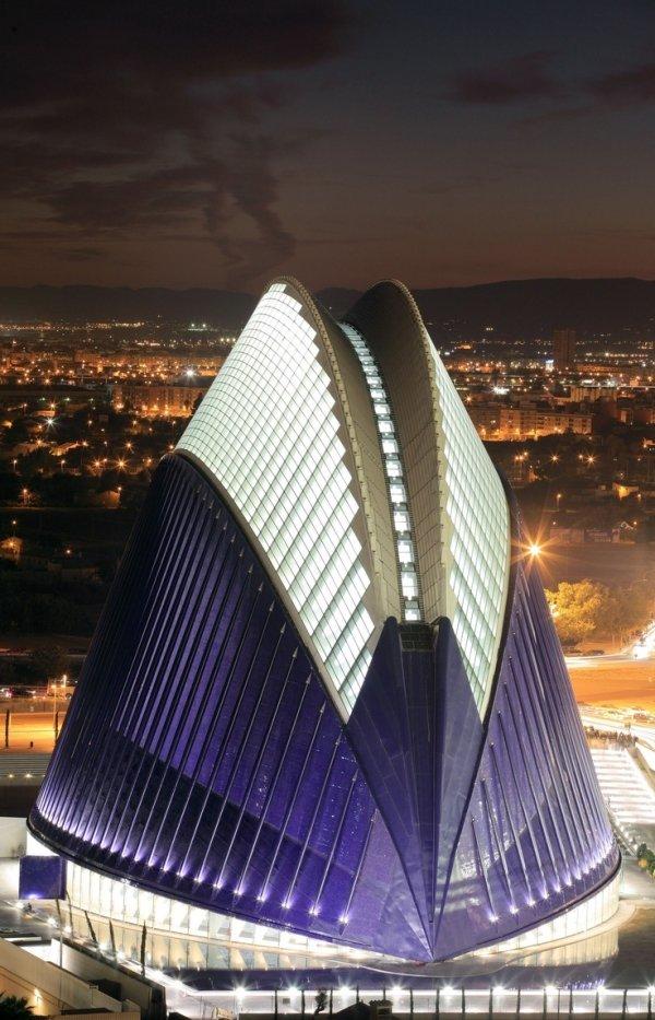 L'Agora, Valencia, Spain - 32 Interesting Skyscrapers and ...