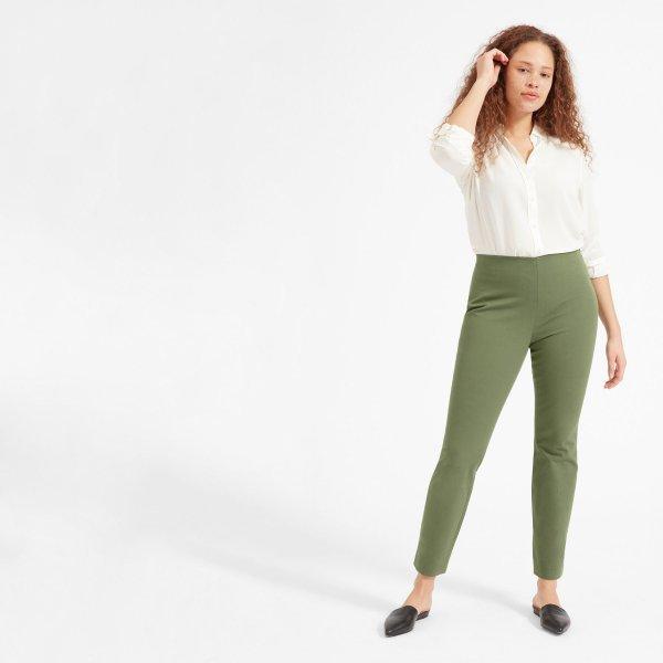 clothing, fashion model, waist, standing, shoulder,