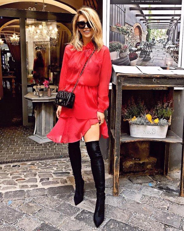 clothing, coat, shoulder, fashion model, fashion,