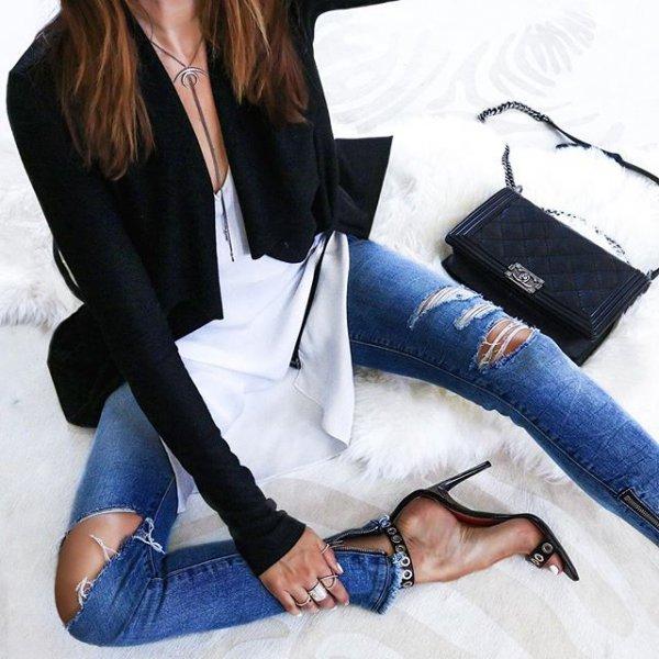 clothing, sleeve, outerwear, arm, denim,