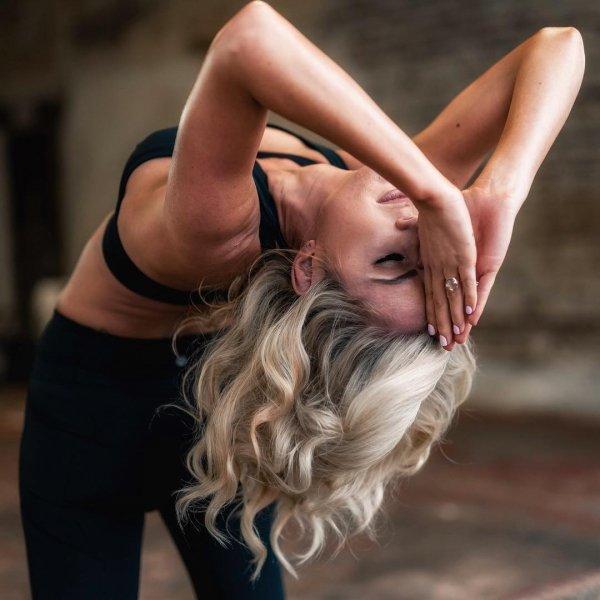 Hair, Blond, Beauty, Physical fitness, Arm,