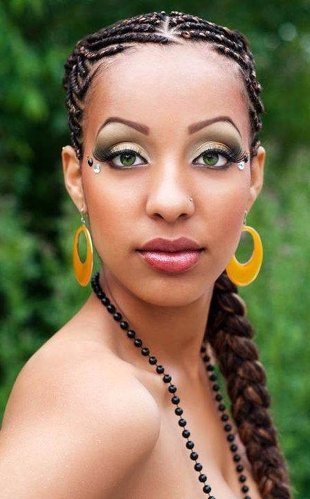 Don't Be Afraid to Wear Green Eyeshadow