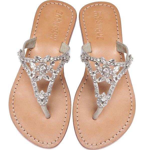 footwear,product,shoe,leg,sandal,