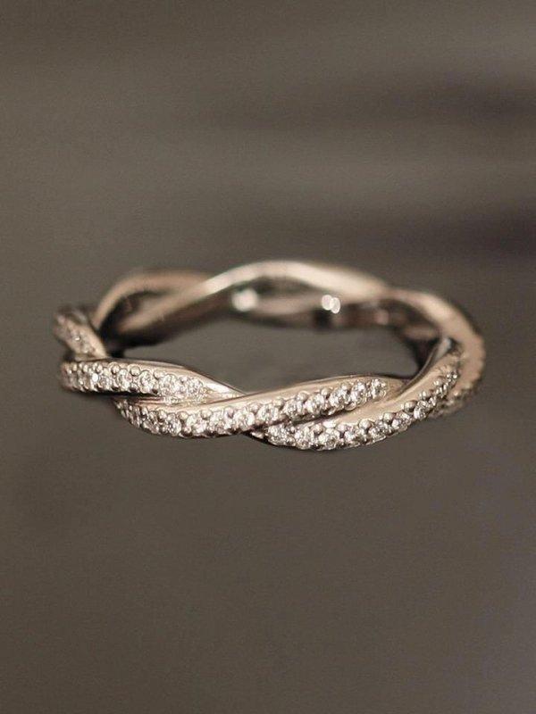jewellery,fashion accessory,bracelet,ring,platinum,