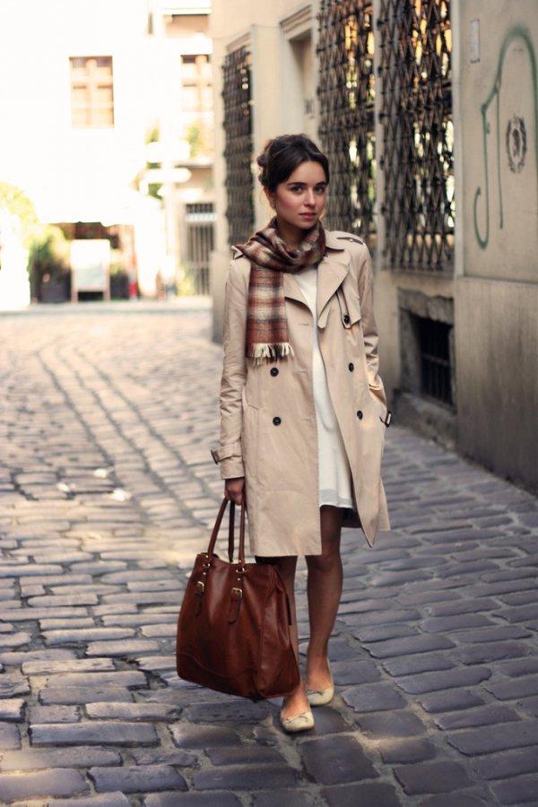 coat,clothing,trench coat,road,snapshot,