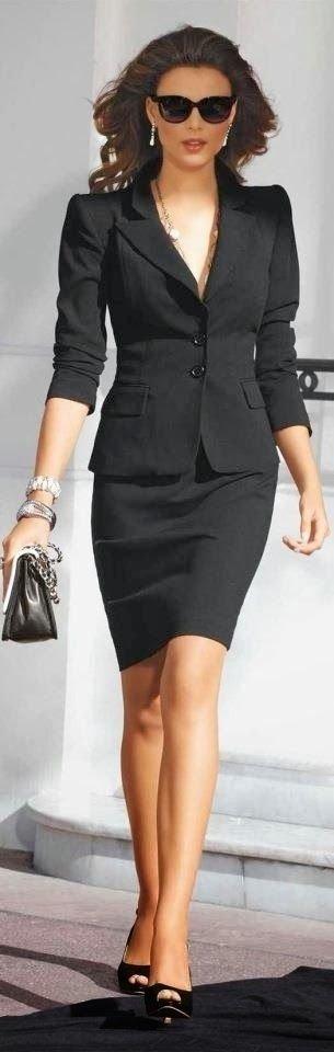 clothing,little black dress,dress,fashion,supermodel,