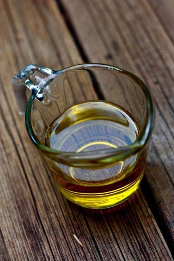 drink,distilled beverage,glass,flavor,