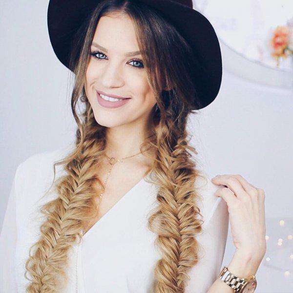 hair, clothing, face, hairstyle, long hair,