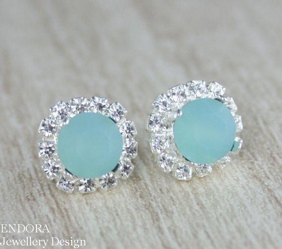 jewellery,fashion accessory,gemstone,turquoise,petal,