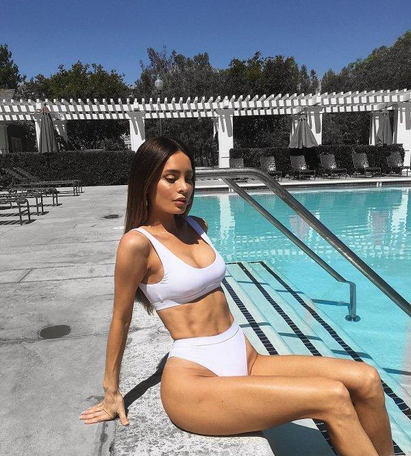 swimwear, leisure, leg, vacation, thigh,