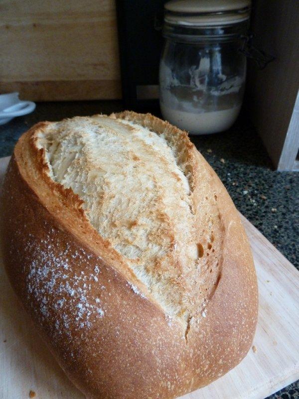 food,baked goods,grass family,bread,sourdough,
