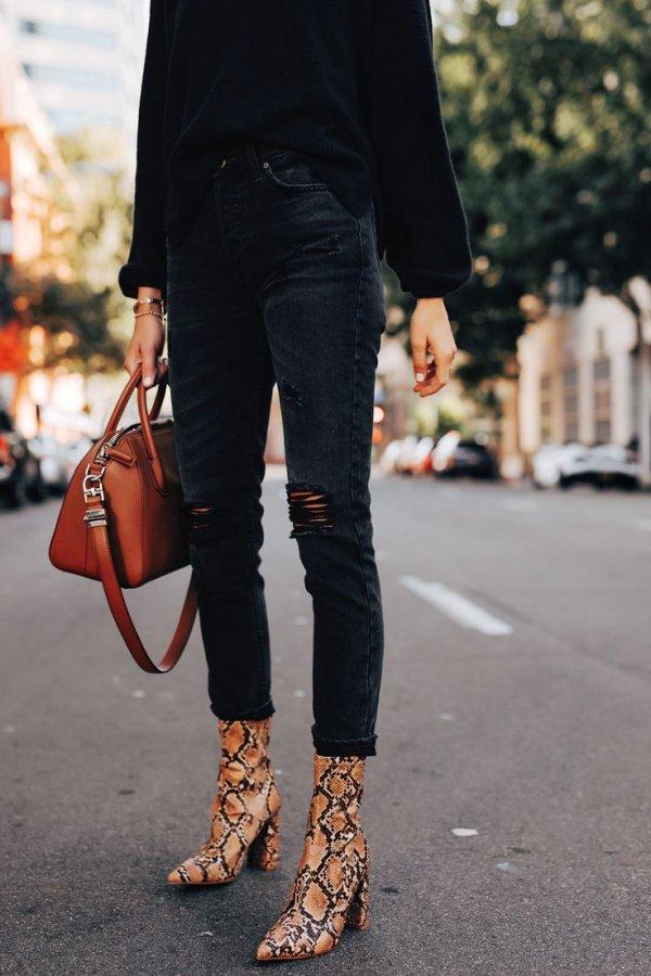 Jeans, Clothing, Street fashion, White, Black,