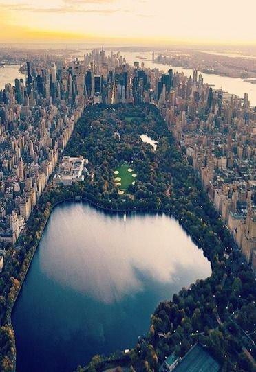 aerial photography,atmospheric phenomenon,photography,city,landmark,