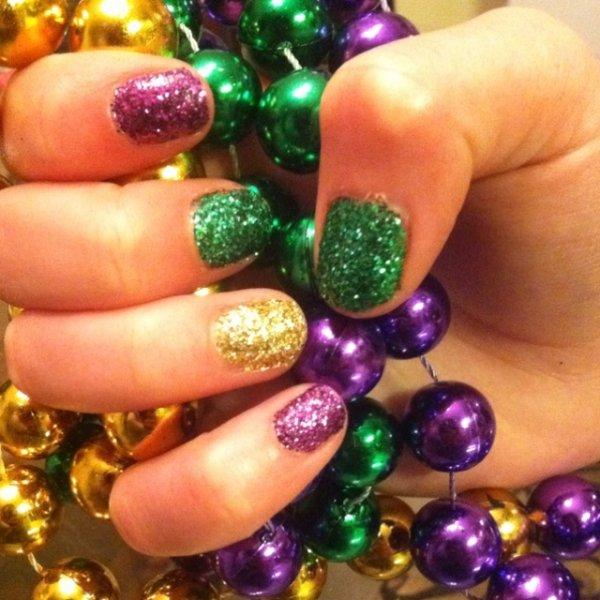 Solid Sparkles - 31 Fantastic Mardi Gras Nail Art Ideas ... …