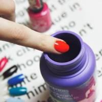7 Alternative Uses for Nail Polish Remover ...