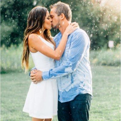 kissing your boyfriend