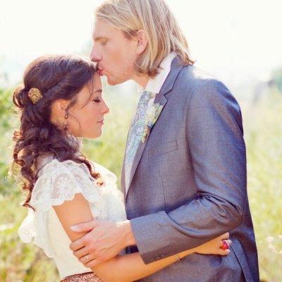 7 Strange Things Guys Think Are Romantic ...