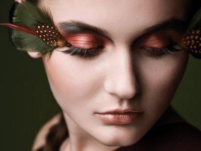 7 Ways to Avoid Getting Creases in Eyeshadow .