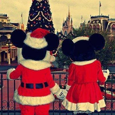 "Watch the Ultimate Disney Movie Mashup - 45 Characters Sing ""Jingle Bells"" ..."