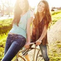 7 Effortless Ways to Make Friends in College ...