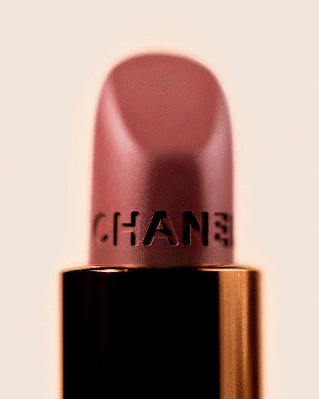 27 Lipstick Colors That Look Amazing on Dark Skinned Women ...