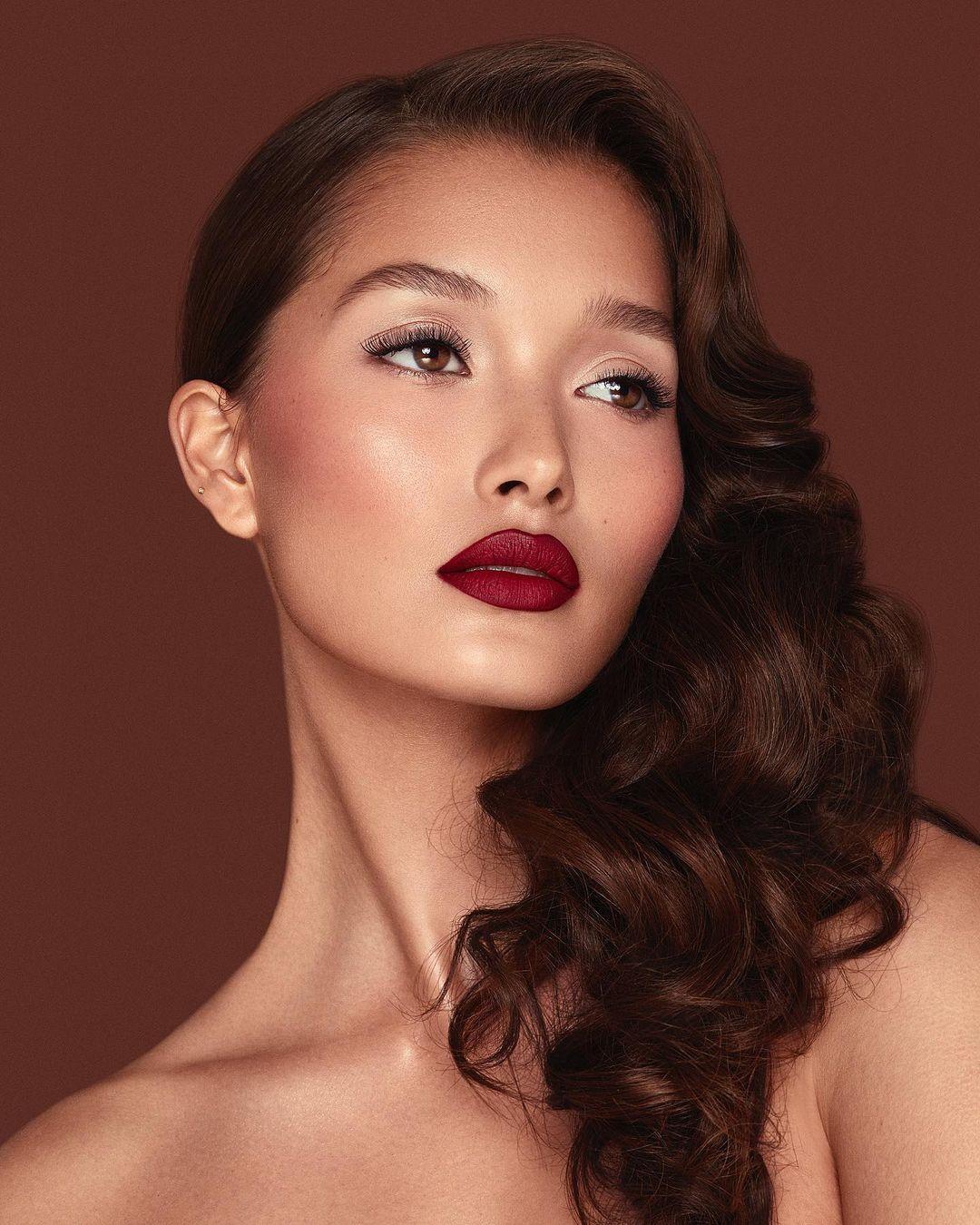 Finally an Answer the Real Reasons Women Wear Makeup ...