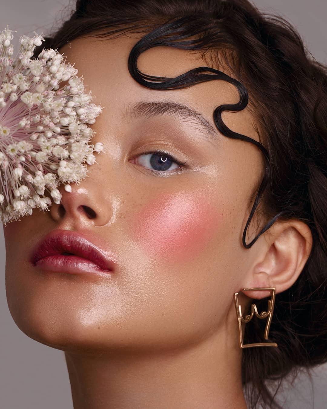 7 Flapper Inspired Makeup Tutorials