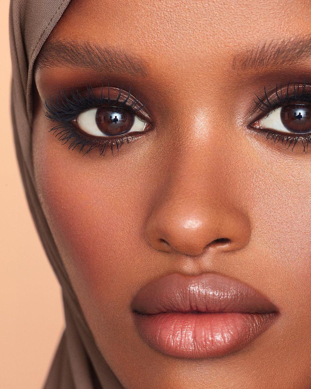 What Exactly is Eyebrow Tinting?