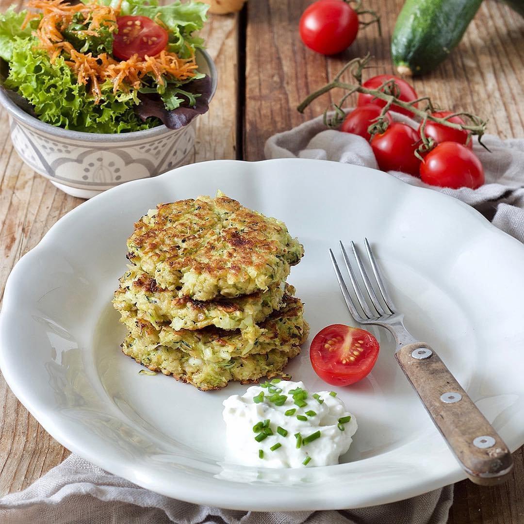 Recipe for Zucchini Fritters 🍴 ...