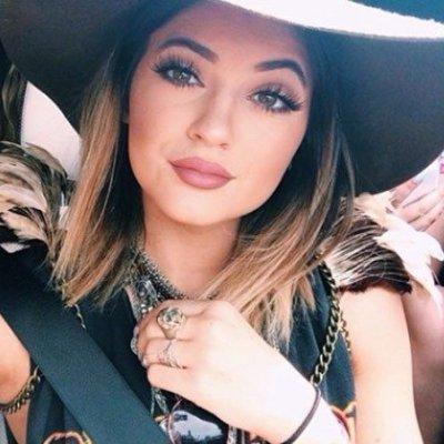 Steal Kylie Jenners Mascara Trick ...